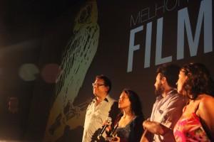 """Equipe do filme """"Raiz"""", prêmio de Melhor Filme e Júri Popular no Filmworks Film Festival 2014."""