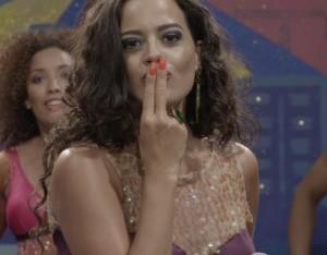 Maeve Jinkings, que interpreta Jaqueline, em Amor, Plástico e Barulho