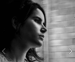 A atriz Ana Carolina Marinho, que interpreta Ofélia e estará na AIC no próximo dia 11 para aula especial no curso de Interpretação para Cinema.