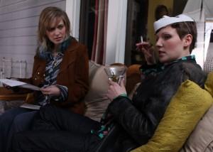 As atrizes Britt Harris e Molly Parker