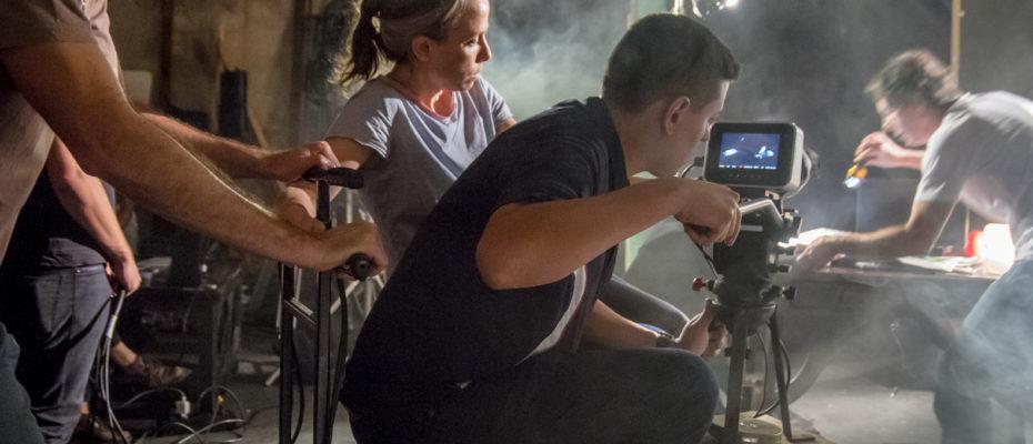 Novo curso da AIC Criação de séries de TV – do roteiro à produção