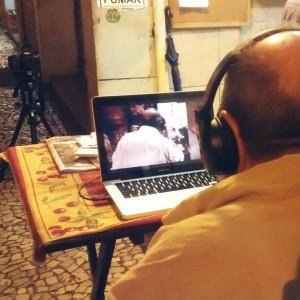 Alfredinho assistindo o filme pela primeira vez.