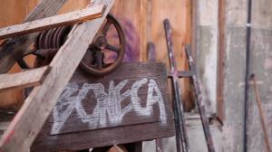 """""""Boneca"""", curta dirigido pelo aluno Marco Aurélio Paiva conta a história de Mari, que busca respostas para o seu passado"""
