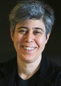 A cineasta paulista e professora da AIC, Lina Chamie, reconhecida pela sua poética cinematografia