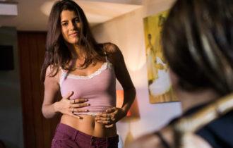 Maria Bopp, ex-aluna da AIC, é atriz da série Me Chama de Bruna, inspirada em Bruna Surfistinha