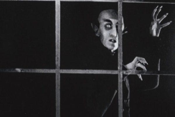 Nosferatu (1922) - Expressionismo alemão